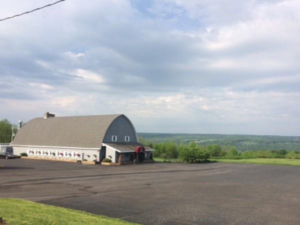 The Lake Watch Inn - Weddings, meetings, and so much more