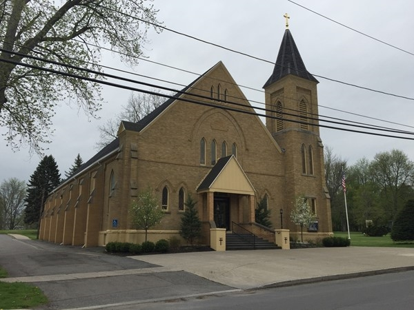 One of many large churches in the small town of Manchester