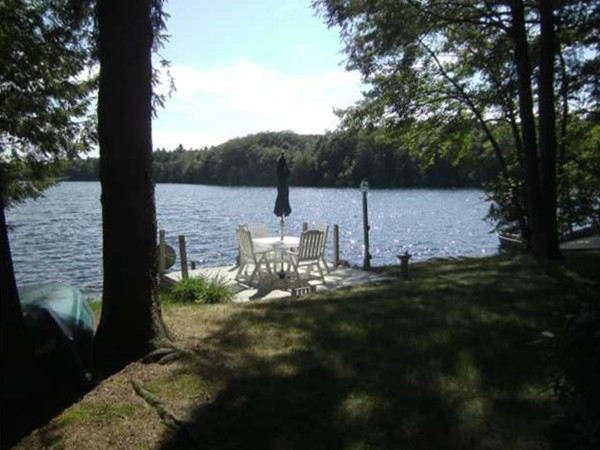 Beautiful Wanasink Lake community is quiet, peaceful, and has breathtaking views