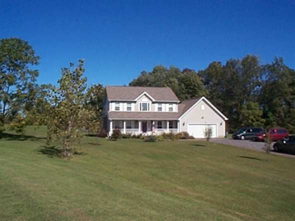 Colonial home on two acre lot in Macedon with Penfield schools