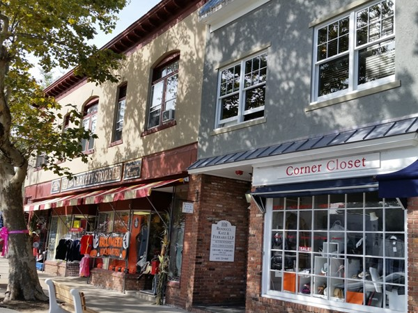 Stores in Sag Harbor