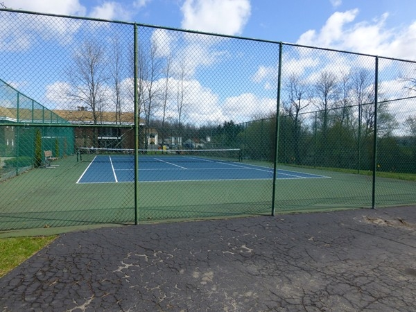 Residence of Chappelle Villas and Charter Oaks have access to  a private tennis court
