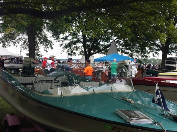 Annual antique boat show. Held at the Buffalo Launch Club every year the seond weekend in Sept.