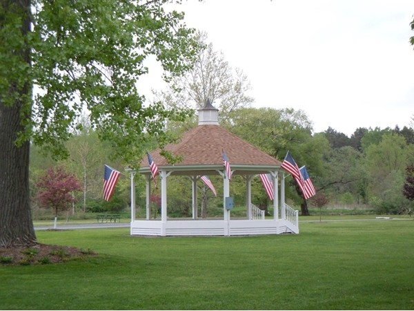 Gazebo at Myers Point, concerts in the park