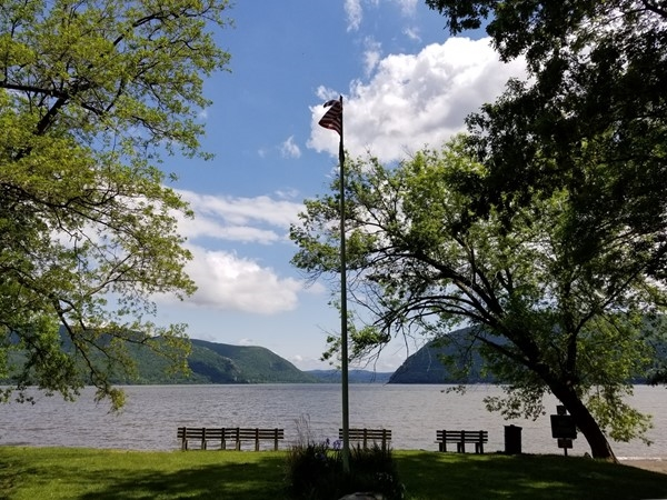 View of the Hudson River from Kowawese Unique Area at Plum Point