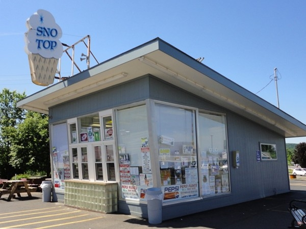SnoTop - an icon in the village of Manlius. Est 1957. 2013 Winner Ice Cream Award of Excellence