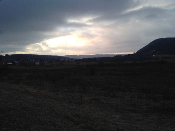 Sunrise over the valley just south of New Woodstock