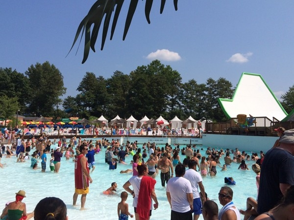 Wave Pool at Splashdown