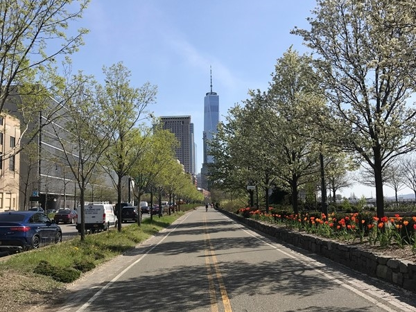 West Side Highway bike trail