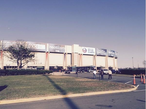Nassau Veterans Memorial Coloseum. Last regular season game for the NY Islanders