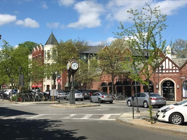 Scarsdale Square