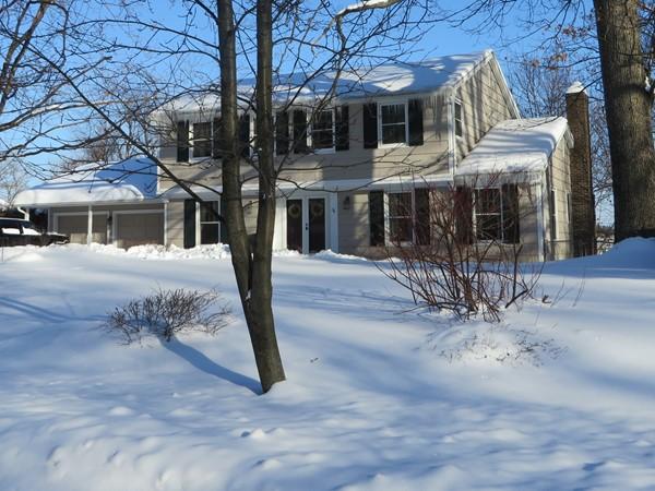 Winter snow in Oak Manor