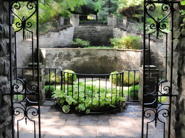 The sunken garden located behind Warner Castle