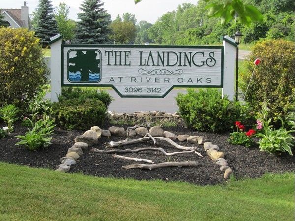 The Landings at River Oaks, 3096-3142 East River Rd, Grand Island NY 14072