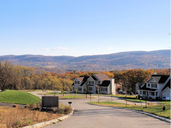 Mountain view in Woodbury Junction