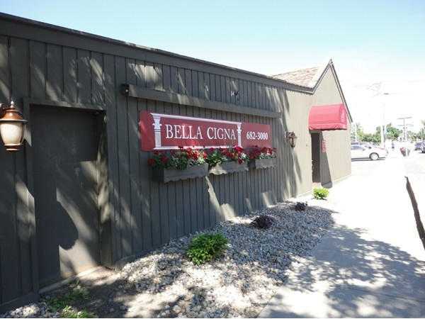 Bella Cigna (beautiful swan) for excellent Italian cuisine in the village of Manlius