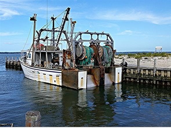 Commercial fishing boat shinnecock inlet hampton bays ny for Fishing boats ny