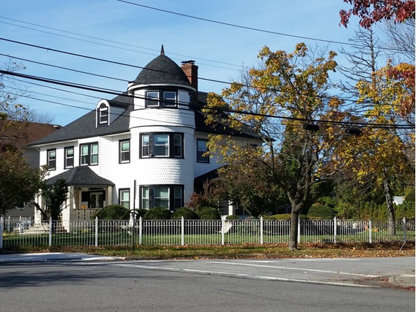 Charming home in Tottenville area
