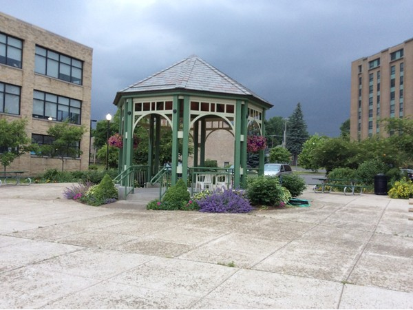 Gazebo next to Lake Effect Ice Cream