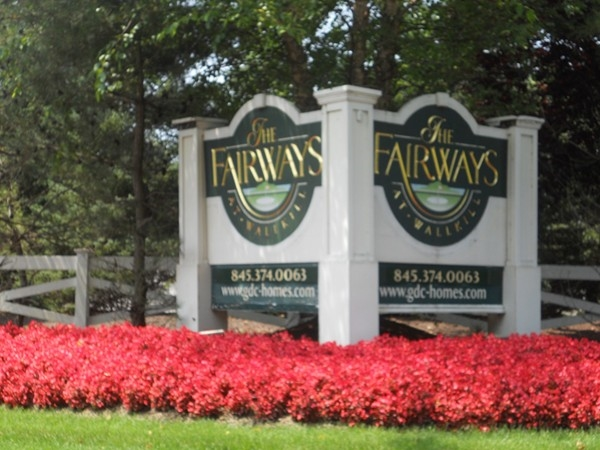 Beautiful townhouses and Orange County golf course right across the street!