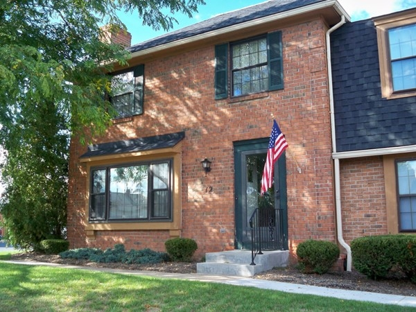 Brick townhome in the Georgetown complex in Perinton