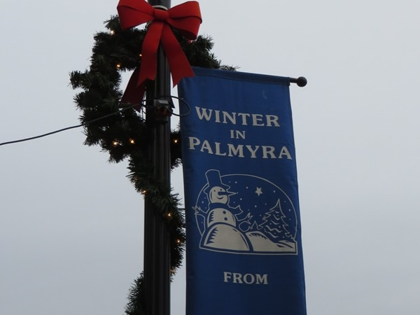 Street light pole on Main Street in Palmyra with winter banner