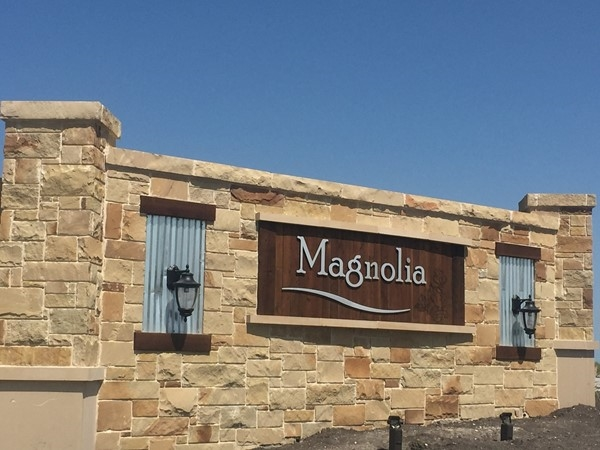 Magnolia Pointe has a rustic country feel