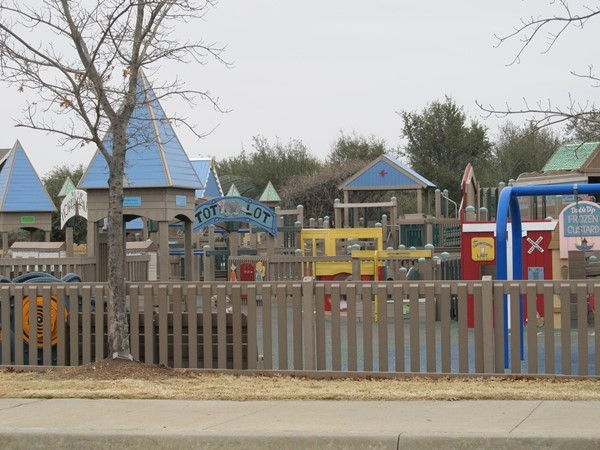 Frisco Commons Park offers entertainment for all ages
