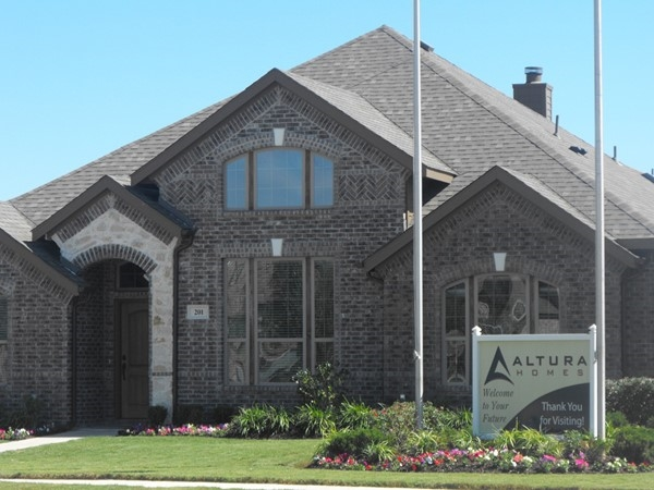 New homes are being built in Royse City