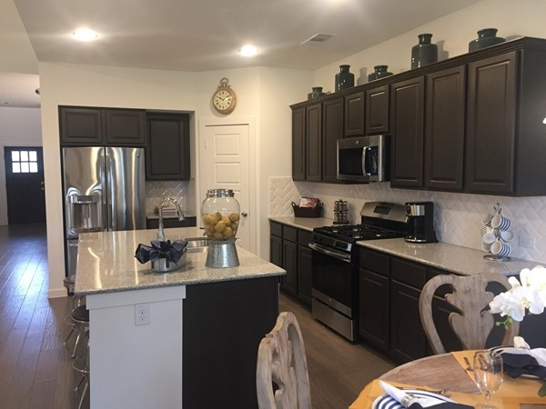 First Texas Home open kitchen