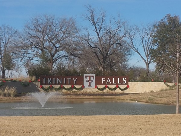 Beautiful entrance to Trinity Falls