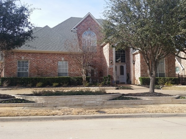 Traditional 2 story home in Hills of Prestonwood