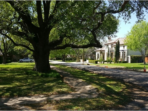 Preston Hollow is home to some of Dallas' finest luxury estates
