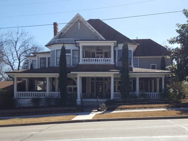 A 19th Century Victorian on McKinney's historic east side