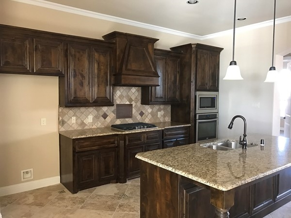 Gorgeous kitchen in this Megatel inventory home. Let's get cooking